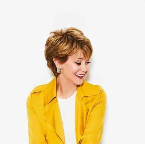 JANE PAULEY HAIRCUT 2018