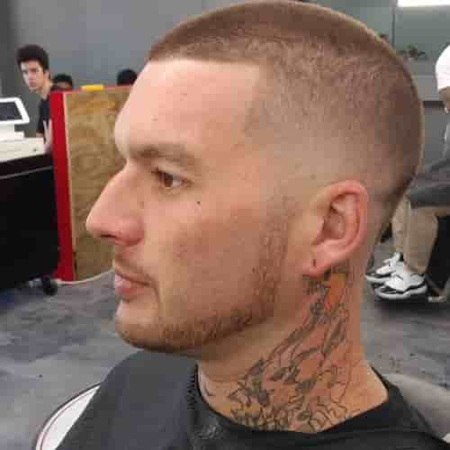 TAPPER FADE BUZZ+ THICK CHINSTRAP + CONNECTED MUSTACHE