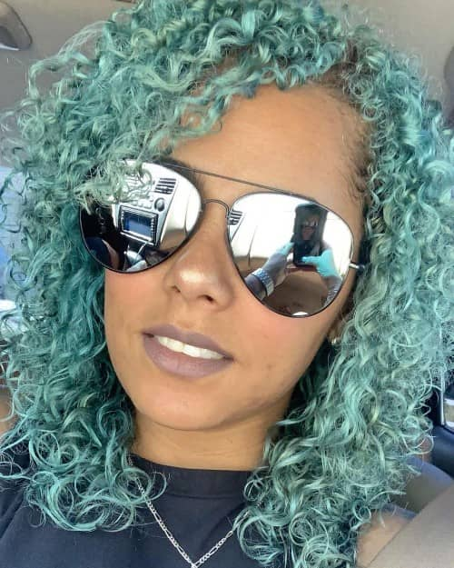 EMERALD CURLY HAIR COLOR IDEA