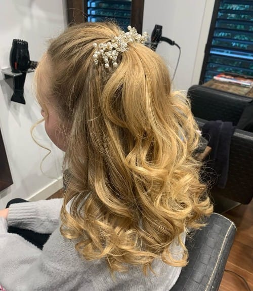 Clip-up Updo Hairstyle
