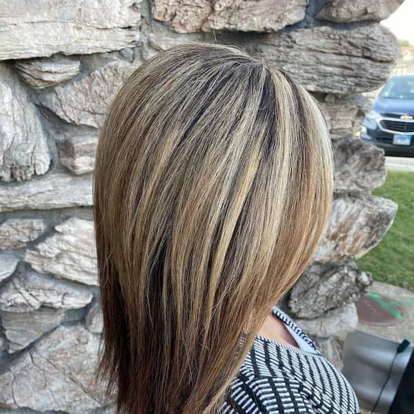 Two Layered Should-Length Haircut